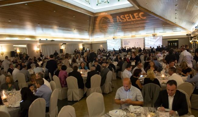 cena_anual_aselec2015