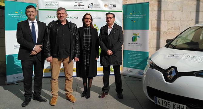 Representantes de la diputación en la Presentación del segundo ciclo de Jornadas Comarcales 'Energia i Canvi Climàtic'