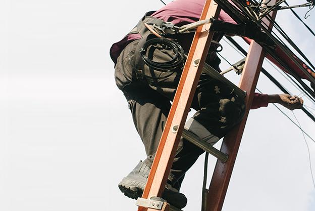 oferta-trabajo-instalador-electricista
